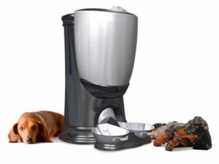 Automatic Pet Feeder  Now when you go out for a long day, you do not have to worry about who will feed your pet. Automatic pet feeders can be set to a timer, and will release small amounts of food gradually throughout the day.  Photo via Luxist.