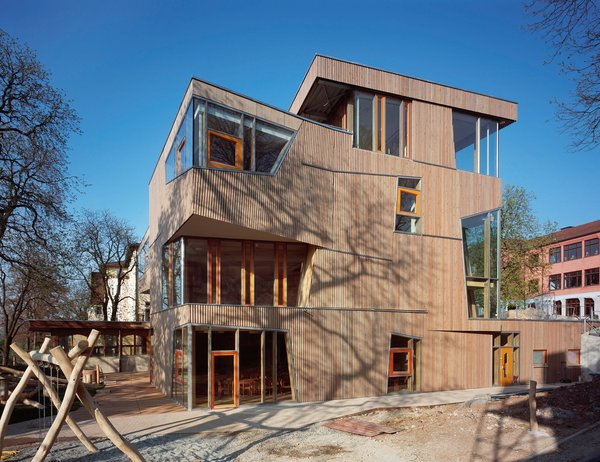 Geothermal-controlled ventilation and a highly insulated envelope contribute to an energy savings of nearly 30% at the Cafeteria and Day Care Center by Aldinger Architekten in the Waldorf School in Stuttgart, Germany. Photo by Roland Halbe