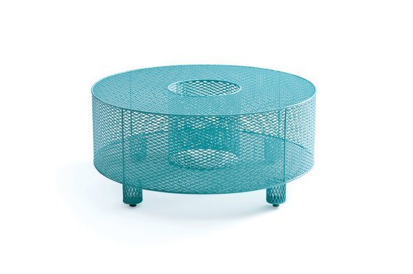 O Table by Half 13  $2,800 This curvy powder-coated stainless steel outdoor table, fabricated by Damian Velasquez in Albuquerque, New Mexico, is available in nine vibrant colors.