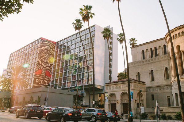 Modernist Building In Los Angeles Koreatown Is Redesigned As The Line Hotel By Brandi Andres Dwell