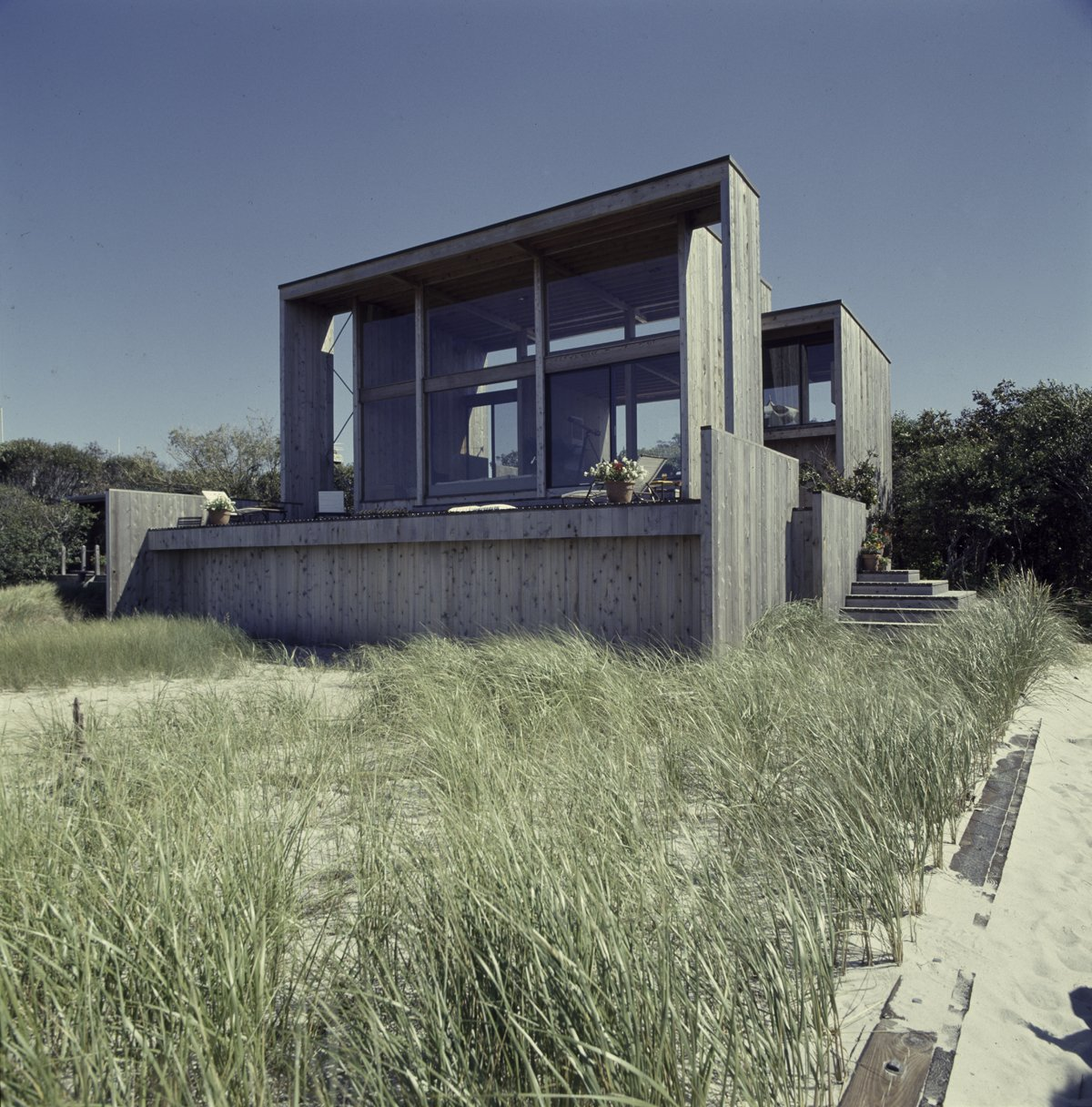 Must See Modern Beach Houses On Fire Island Tour