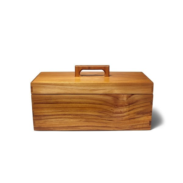The Abner Toolbox takes a necessary household accessory and makes it into a work of art. Designed by Aaron Poritz, the toolbox is crafted entirely in teak, including the comb joints that hold the box together. Although designed as a toolbox, this multi-function accessory can be used to hold paints, jewelry, and other small items needing organization.