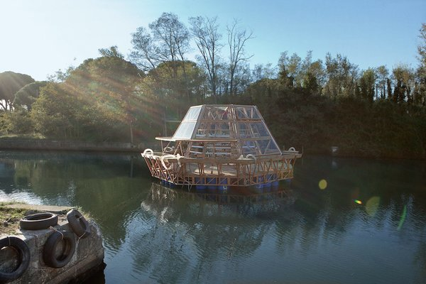 Resembling a set piece from Waterworld, the simple skeleton, a roughly 750-square-foot wood base and glass greenhouse, floats atop 96 buoyant recycled plastic drums and boasts a sophisticated monitoring systems to maximize efficiency and water usage. Built to be modular, the barges can be lashed together to form larger floating farms.