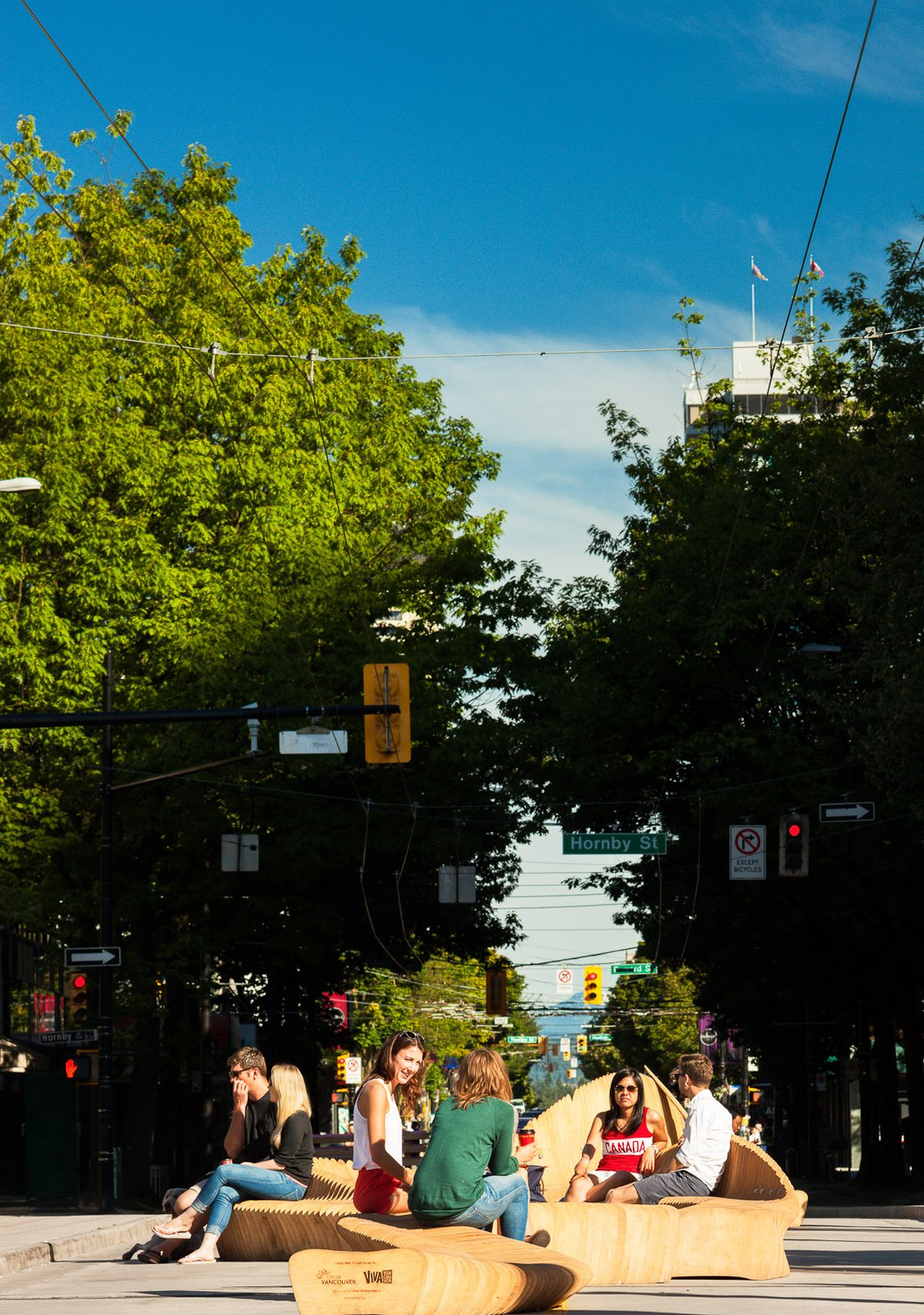The entire 800-block of downtown Robson Street will be open as an Urban Reef, 24 hours a day, through September 1, 2014.  Modern Spaces in the Pacific Northwest by William Lamb from Cool Public Benches in Vancouver