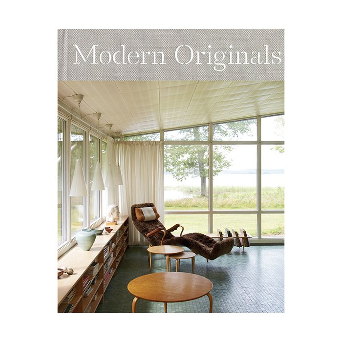What is the best design book to give as a gift?  A signed copy of Modern Originals by Leslie Williamson.  Modern Originals: At Home with Midcentury European Designers, by Leslie Williamson (Rizzoli, 2014), $50.  Photo 4 of 7 in Ask the Expert: Gift-Buying Tips from David Alhadeff of The Future Perfect