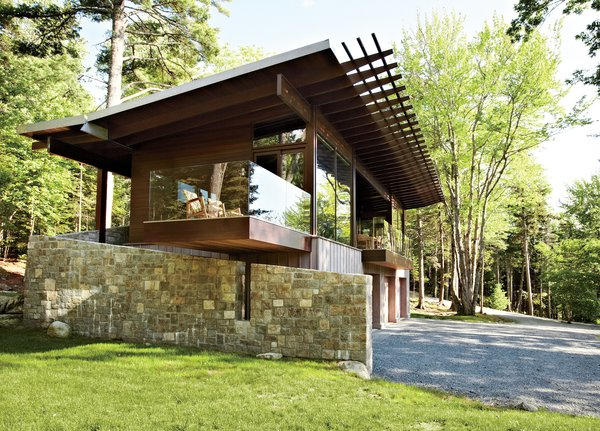 Frank Lloyd Wright-Inspired Style and Camping Collide in Maine