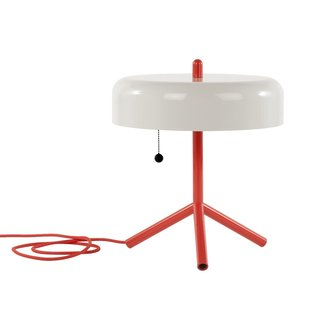 Tokyo-born Jonah Takagi combines innovative style and steadfast utility in his design of the MatterMade F/K/A Table Lamp. Initially inspired by a saucepan, the shade is made from powder-coated steel. Three legs extend at its base allowing it to stay remain stable— even when placed on uneven ground.