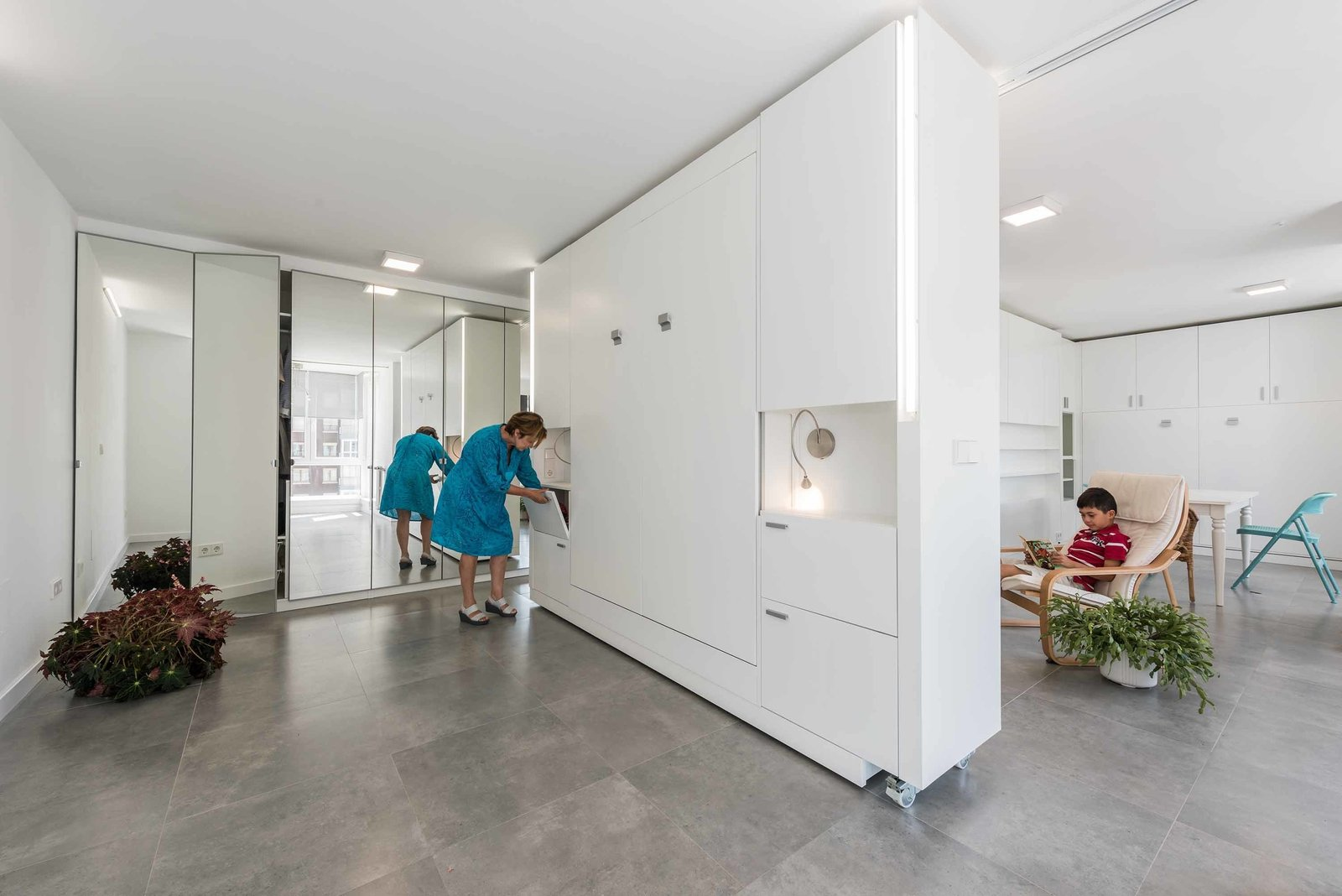 Photo 2 Of 7 In Movable Walls Instantly Transform A Small Vacation Home From A Two Bedroom To A Studio By Sarah Akkoush Dwell
