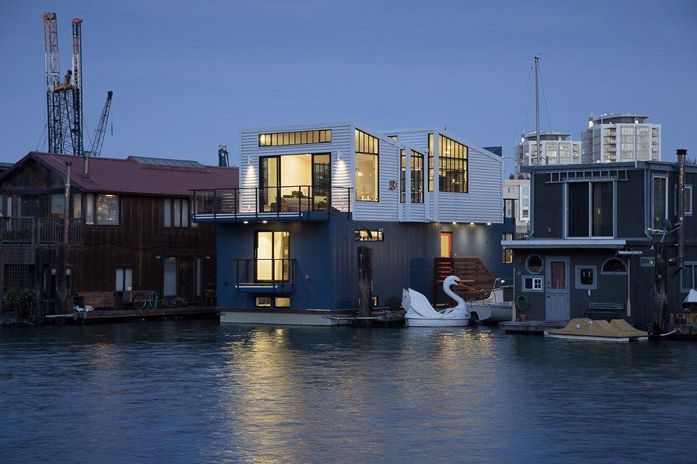 black anodized aluminum floating home