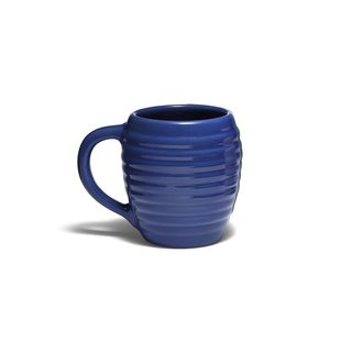 Recalling Bauer's classic 1930s styling, the Bauer Pottery 12 oz. Beehive Coffee Mug sports undulating curves create a unique tactile experience. It's currently available in navy blue (seen here) and white.