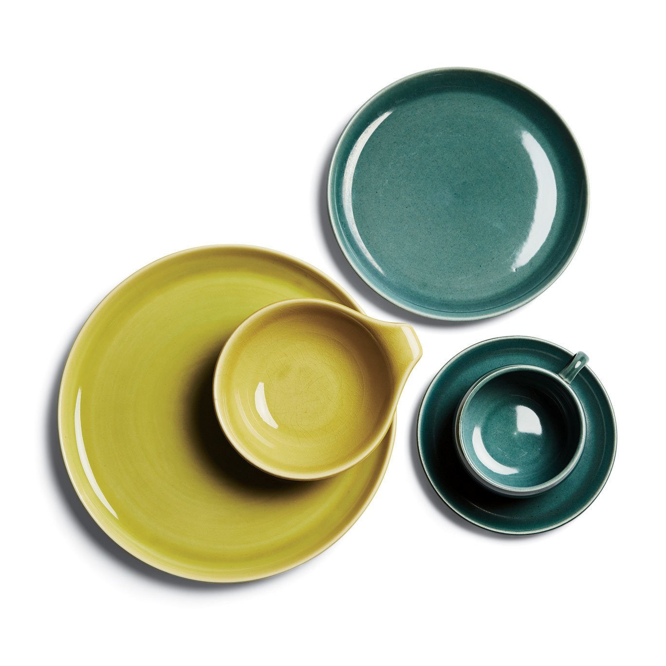 The American Modern collection by Steubenville is perennially popular among midcentury enthusiasts.  Photo 7 of 7 in This Company Can Complete Even the Rarest China and Porcelain Sets