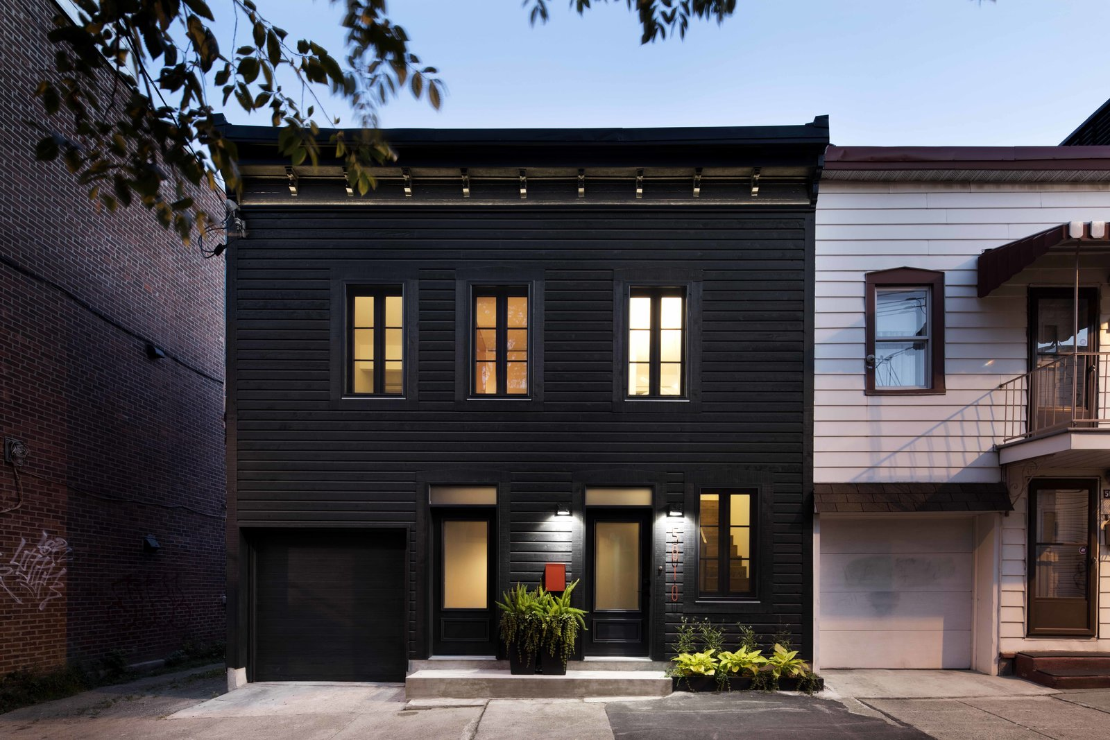 15 Modern Homes with Black Exteriors - Dwell