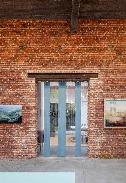 With 5,000 square feet on the ground floor, the structure boasts two capacious exhibition spaces, which the couple use to show their own work, as well as rent out to others for private events.