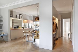 Brass Is Everywhere at this Classical-Meets-Modern Flat in London