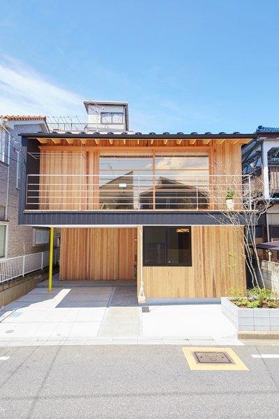 Traditional Asian Living Room: Yanagisaki House Modern Home In Kawaguchi, Saitama