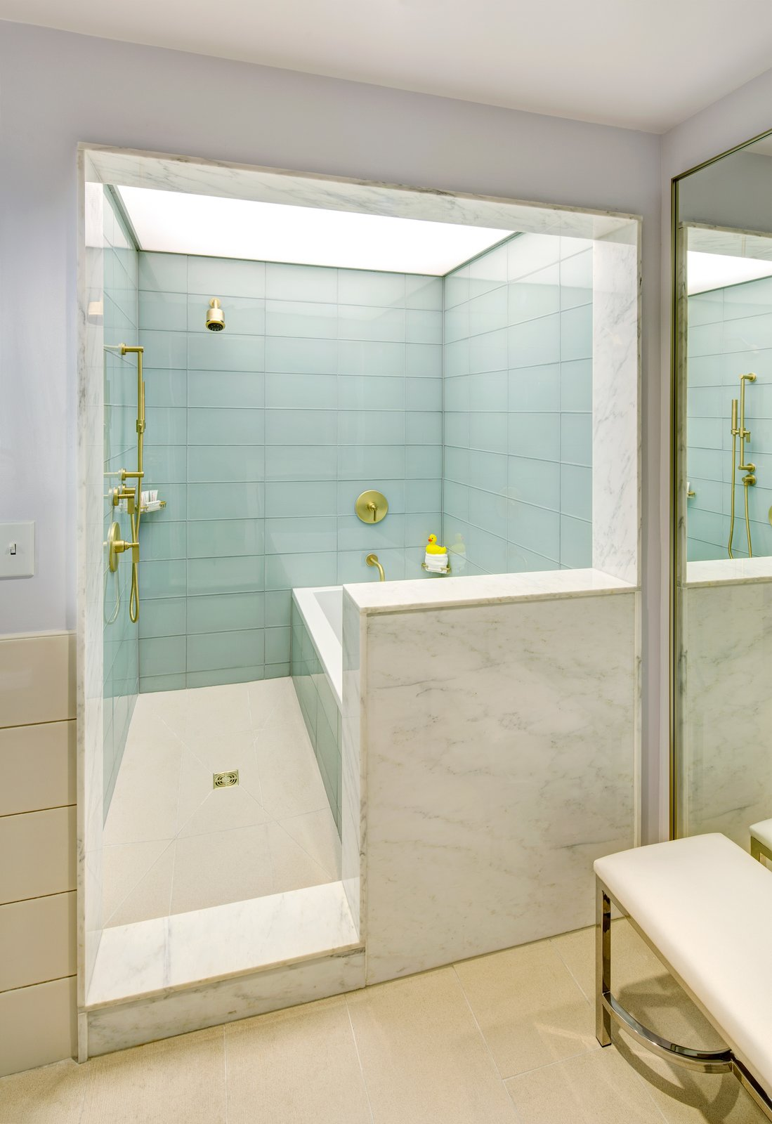 Photo 3 of 10 in 10 Best Modern Showers to Inspire Your Bathroom ...