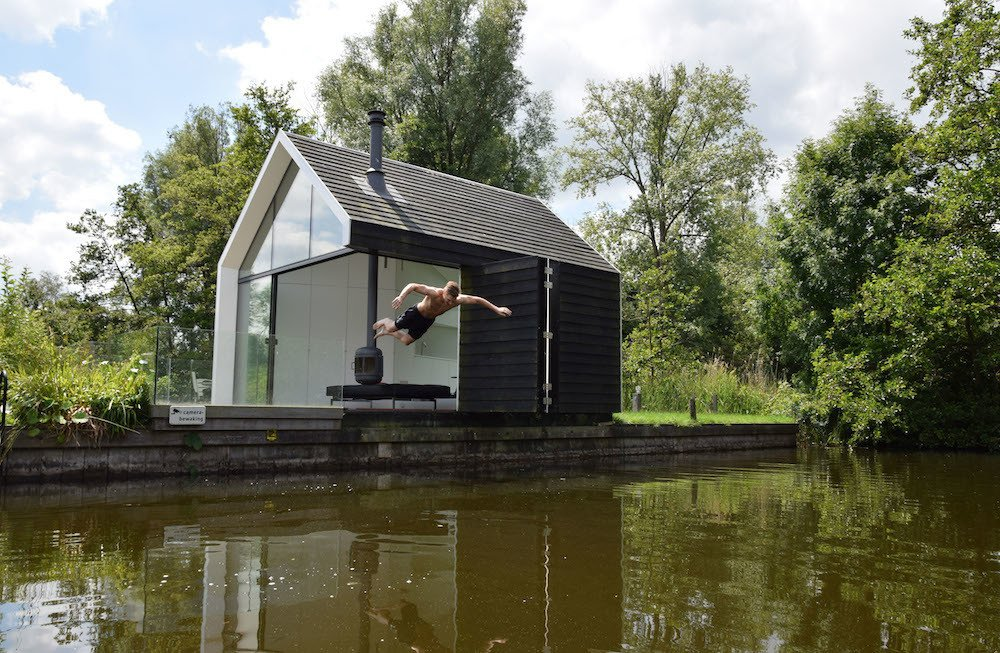 #prefab #prefabhomes #prefabricated #modern #architecture #modernarchitecture #environmental #lake #budget #modular #exterior #glass #oneroom #RemkoRemijnse #2by4Architects  Cabin