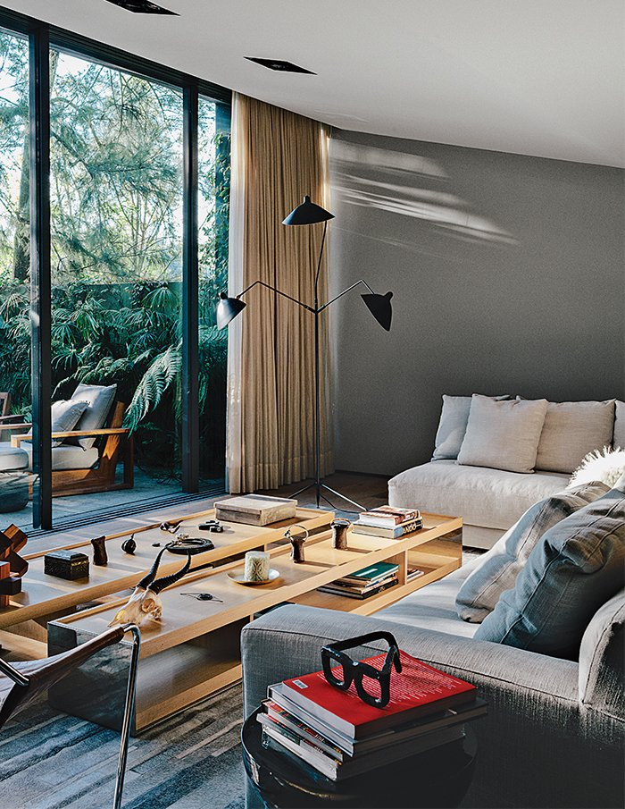 #livingroom #interior #modern #architecture #modernarchitecture #SergeMouille #EFCollection #VincentVanDuysen #MexicoCity #Mexico #EZEQUIELFARCA    Tips for Creating a Comfortable Living Room by Drew McGukin from LIVINGROOM