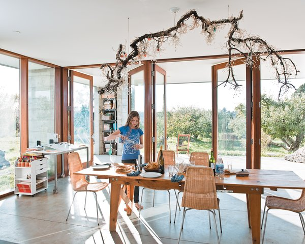 Pull Up a Chair in One of These 20 Modern Dining Rooms