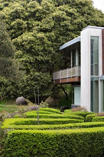 "A zigzag hedge garden is meant to ""feel a bit like a garden in England,"" says Gina Peterson."
