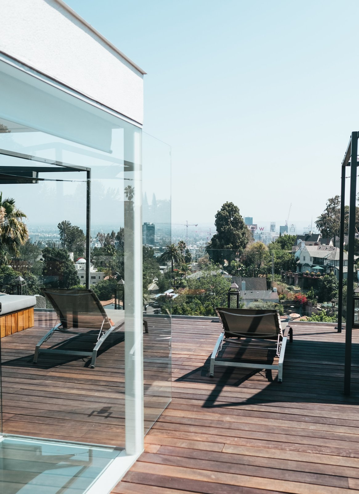 While trying to preserve the design intention of the original Buff, Straub and Hensman home, architect Don Dimster added important extras, like a gorgeous rooftop terrace.  Photo 9 of 9 in The Home Tours of Dwell on Design 2016