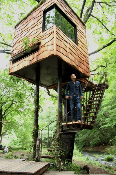 "Japanese architect Takashi Kobayashi of the Tree House People has been declared a ""tree house master"" by Design Made in Japan. Seamlessly integrating nature and design, this tiny tree house is certainly not just for children."