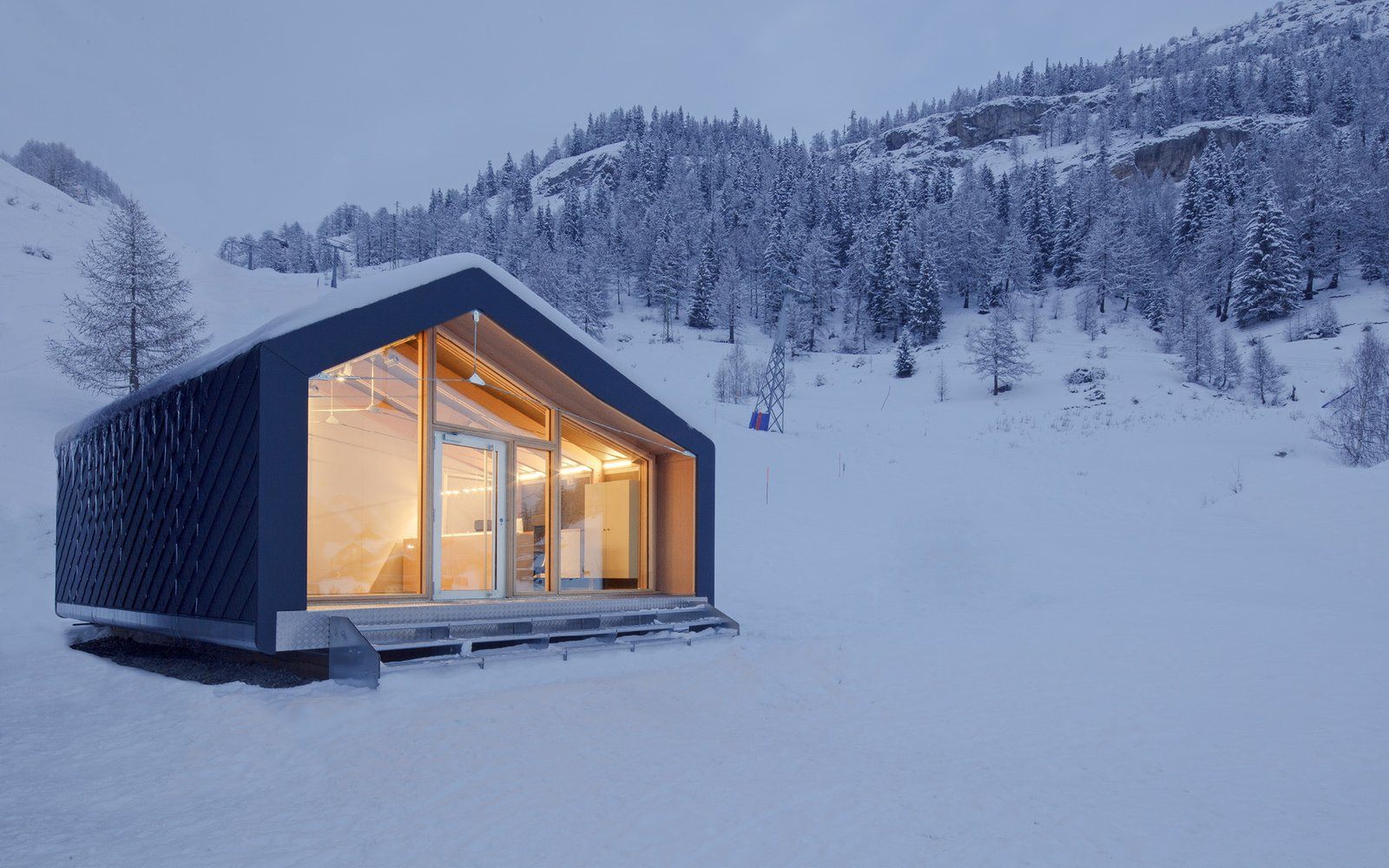 Exterior and Prefab Building Type Project Name: S3  Photo 6 of 20 in 19 Modern Prefab Companies Perfect for Mountain Living