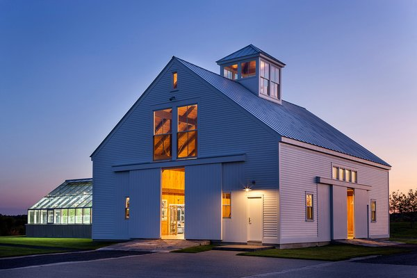 Inspired by hilltop views and traditional New England farm and barn structures, Marvin Architect's Challenge-winner Michael Waters of LDa Architecture & Interiors set out to strike the perfect balance between time-tested tradition and sophisticated, clean lines.