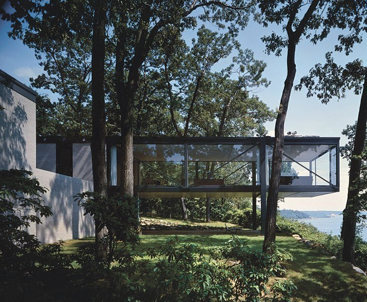 This modernist home in Lloyd Harbor, Long Island, built in 19  Photo 8 of 8 in There's No Shortage of Glass in These 7 Homes Designed by Philip Johnson
