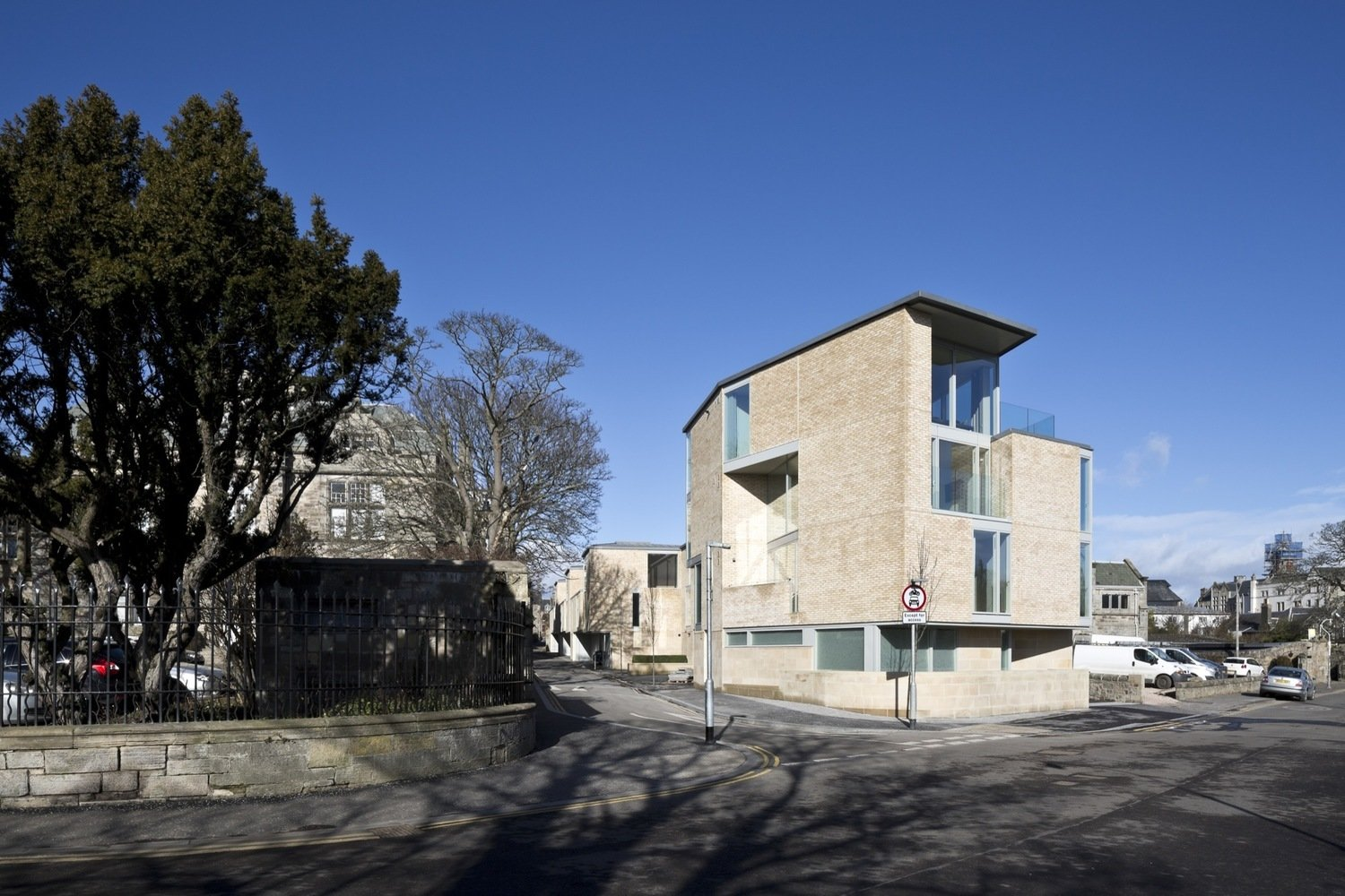In Saint Andrews, Scotland, Edinburgh-based firm Sutherland Hussey Harris built the award-winning West Burne Lane – 14 dwellings of varying size and typology (towhouses, maisonettes and apartments), in a style that pays homage to the layout of old Scottish market towns.  Photo 5 of 8 in 6 Best Dwell UK Apartments