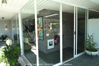 A Sensitively Restored Midcentury House Designed by Pierre Koenig - Photo 5 of 18 -