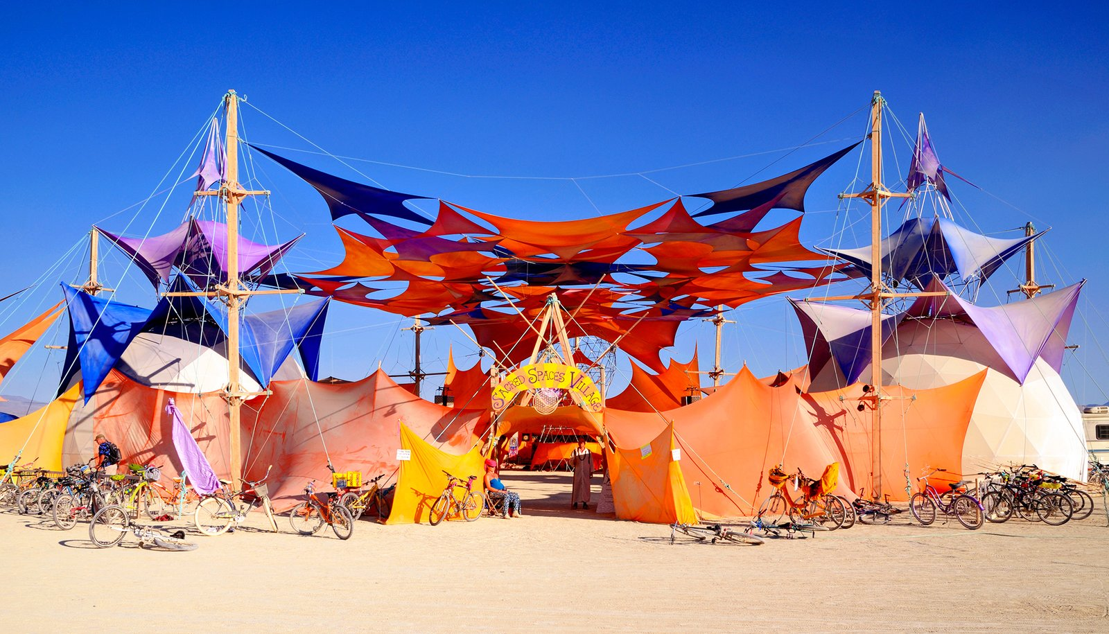 Exterior and Tent Building Type Sacred Spaces Village  Photos from 16 Otherworldly Photos of Burning Man Architecture