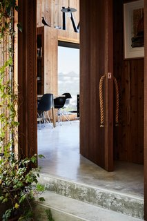 The rope door pulls are Rich's creation.