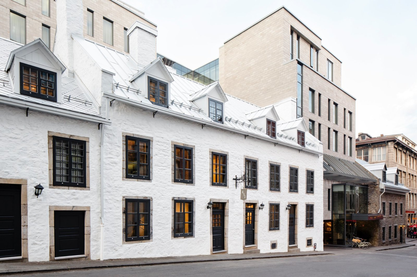 The innovative, inspired Old Montréal hotel overlooks Place Jacques-Cartier and incorporates a contemporary glass structure with two historical buildings – Maison Edward-William-Gray and Maison Cherrier – dating back to the 18th century.