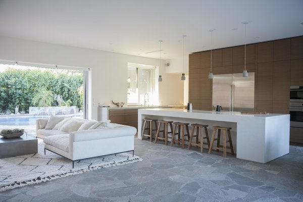 The Kitchen Features State Of The Art Appliances And Accessories. The Custom