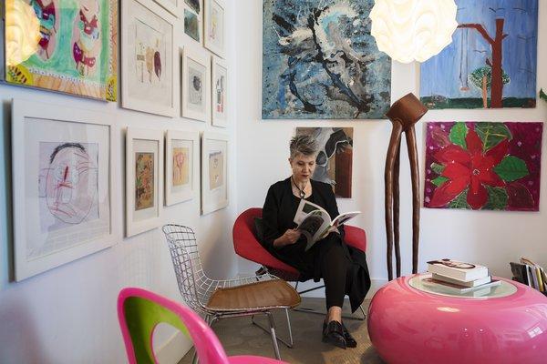 Acclaimed Architect Gisue Hariri Invites Us Into Her Intimate Manhattan Loft