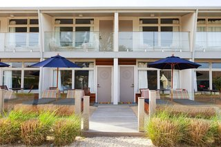 This beachfront getaway is perfect for East Coasters who want to get away from the city life.