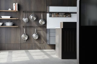 Henrybuilt's Opencase Wall System provides beautiful wall paneling with flexible functionality. The easily reconfigurable panels make kitchens, mudrooms, entryways, or studies endlessly customizable and organized.