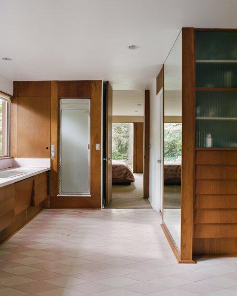Best 60 Modern Bathroom Porcelain Tile Floors Design Photos And