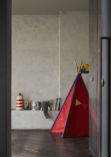 Mehdi and his wife, Sanae, have six-year-old twins, each with  his own bedroom. The early-bird son's room faces east, while  the south room is for the son who likes to sleep in. The tipi was a gift from Mehdi's father,  also an architect.