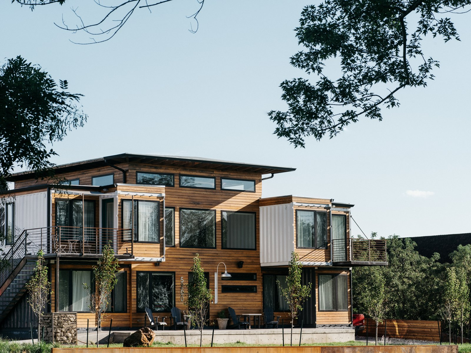 Shipping containers design and ideas for modern homes - Shipping container homes designs ...