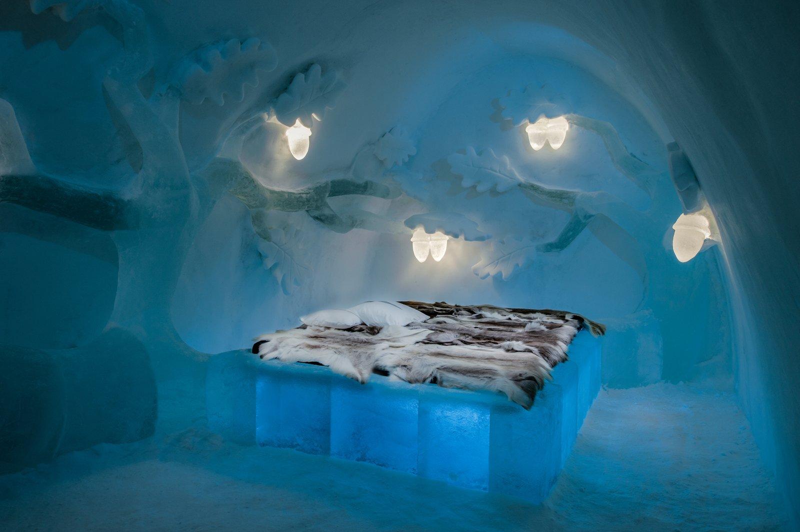 Icehotel Sweden oak ice suite