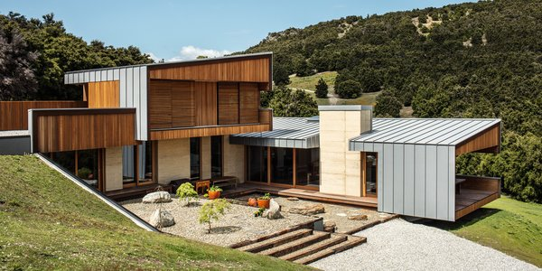 A Rammed Earth Home Rises on a Breathtaking Site in New Zealand's Southern Alps