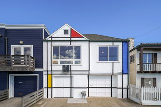 The exterior facade of this San Francisco home displays the colors and lines typical of Piet Mondrian's paintings.