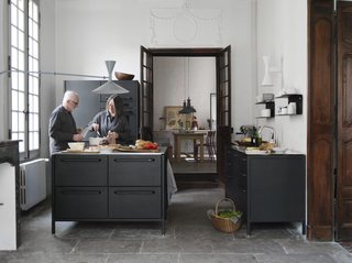 See What Happens When Two Hardcore Modernists Are Let Loose in a Medieval Townhouse in France