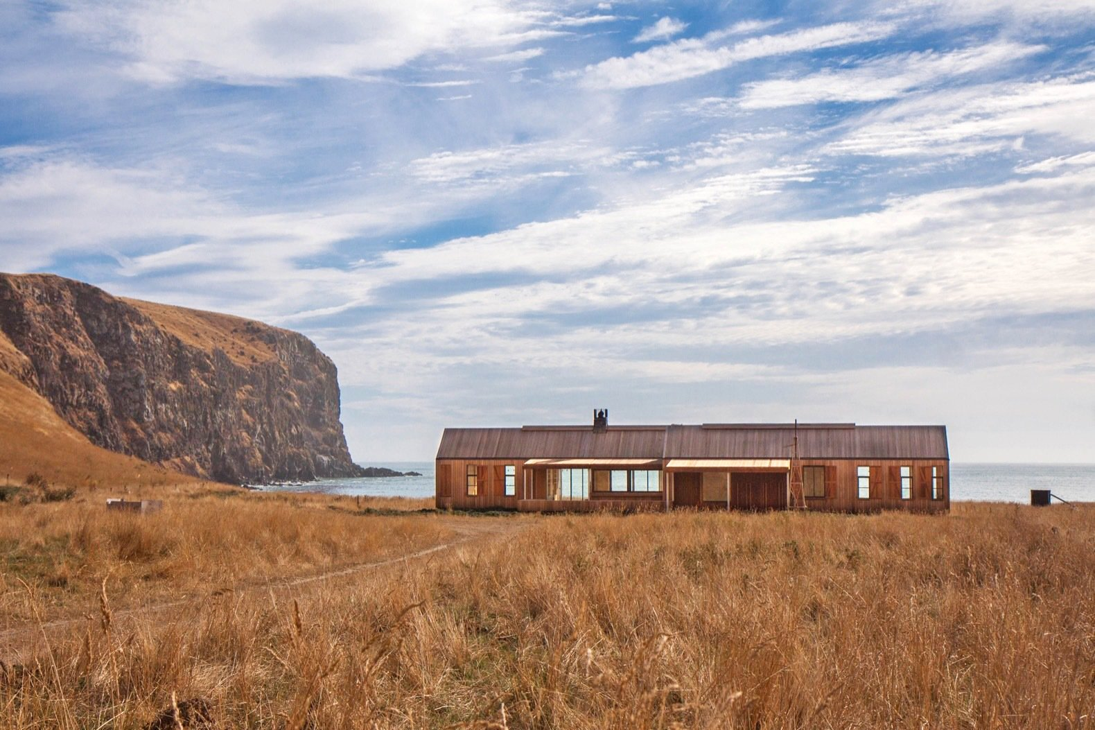 Articles about remote new zealand retreat walled world on Dwell.com