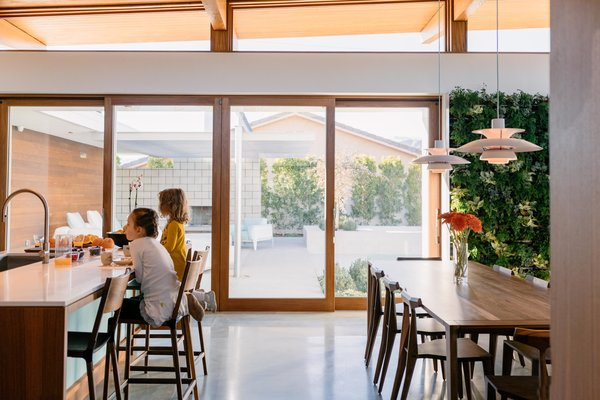 Along with intentionally designing all the spaces to minimize visual clutter, Joel and Meelena also prioritized light as a material to encapsulate a modern, airy aesthetic.