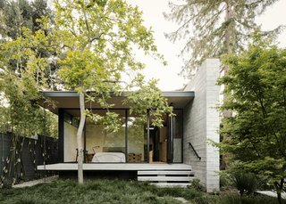 This Meditative Home in Silicon Valley Offers Garden Views at Every Turn