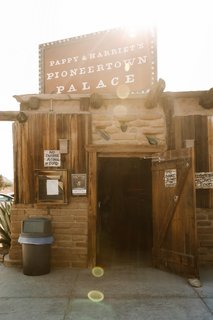 Pappy's is the place to go when it comes to good food and live music. It's like a magical little world in the middle of the desert, always packed and energized.