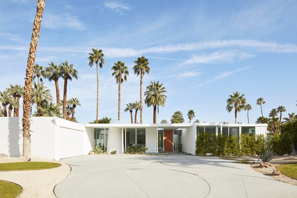 Before & After: A Run-Down Midcentury in Southern California Goes From Eyesore to Head Turner